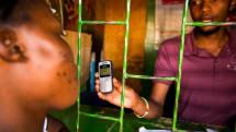 即使没有网络,只要一张 SIM 卡贴也可以做到移动支付