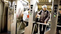NYC subways get tap-to-ride turnstiles starting late 2018