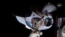 Crew Dragon 顺利完成与国际空间站对接,将在上面待 1 至 3 个月