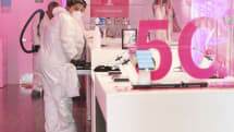 FCC gives T-Mobile extra spectrum to cope with demand during coronavirus