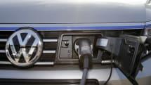 Quebec contemplates mandating home EV charging stations