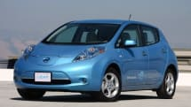 Nissan sells more than 20,000 Leafs in first year, high-fives commence on Tokyo Motor Show floor