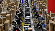 Amazon will give its US frontline workers a $300 holiday bonus