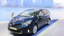 Toyota recalls 752,000 Prius cars over flawed hybrid software