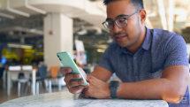 Apple buys an AI startup to improve Siri's data