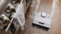 Neato's robotic D10 vacuum uses LIDAR-based navigation