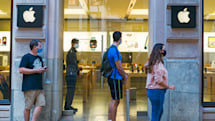 Apple will open more Express stores to ease iPhone 12 pickups