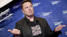 Tesla is hiring people to handle complaints people tweet at Elon Musk