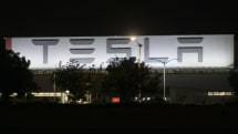 Tesla suspends work at Fremont plant, will comply with shelter in place order