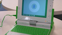 """OLPC's XO-1 gets its first """"unboxing"""""""