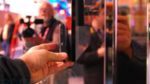 Hands-on with the Pioneer 9mm-thick Kuro plasma