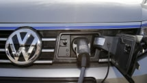 Quebec contemplates mandating home EV charging stations