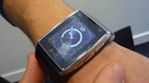 LG GD910 watchphone unboxed, adored, smudged