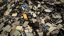 ReCellular's headquarters toured by iFixit, recycling and redistribution gets a closer look