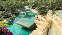 Luxury resort bans gadgets at swimming pool to create guest 'haven'