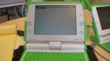 """OLPC's XO gets previewed in its """"final"""" form"""