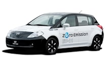Nissan shows off latest electric car prototype with battery monitoring system, iPhone app