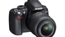 Nikon D3000 summons up courage to get tested, needn't have worried