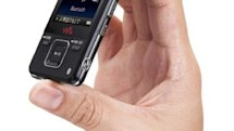 Sony's Bluetooth-enabled Walkman A820-series unhanded