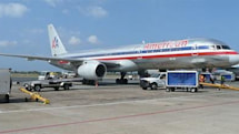 American Airlines becomes first FAA-friendly carrier to use iPads through whole flights