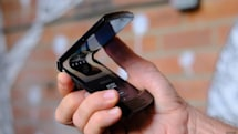 Motorola Razr's hinge 'broke' after 27,000 folds in durability test