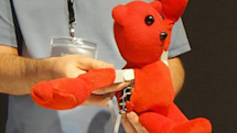 Barobo iMobot teddy bear learns from your commands, will definitely make varsity (video)