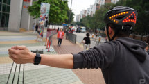 Lumos bike helmet adds Apple Watch gestures to control turn signals