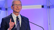 Tim Cook calls for a regulatory body to oversee data brokers