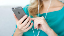 New UK mobile provider bundles music streaming service as standard