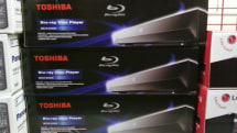 Toshiba's BDX2000 Blu-ray deck hits Best Buy for $199, sour grapes also on sale