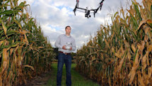 The US wants the world to offer more airwaves for 5G and drones