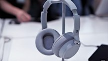 Pre-order Microsoft's Surface Headphones on November 15th