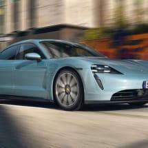 Porsche unveils the mid-range Taycan 4S EV