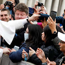 Pope Francis wants you to give up being a jerk online for Lent
