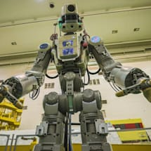 Russia tests new Soyuz rocket by sending a humanoid robot to the ISS