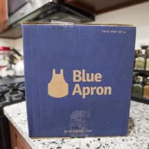 Blue Apron considers selling itself as it bleeds customers