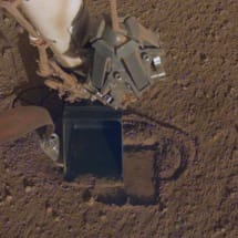 NASA's InSight lander can finally dig a hole for its Mars heat probe