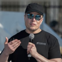 Elon Musk insists 'pedo guy' tweet wasn't serious accusation