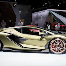 Lamborghini's crazy looking hybrid is more interesting under the hood