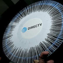 AT&T starts showing pause ads with motion and sound on DirecTV