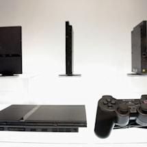 PlayStation 2 can play homebrew games by using DVD player exploits