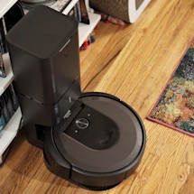 Engadget readers get $200 off Roomba's i7+ vacuum at Wellbots