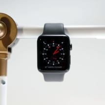 Apple Watch Series 3 owners deal with random reboots in watchOS 7
