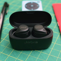 Jabra's ANC update for the Elite 75t earbuds is now available