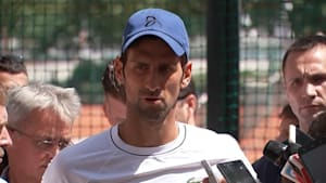 Djokovic vows to keep fighting to rediscover form