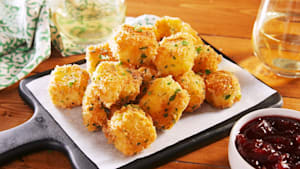 Fried Brie Bites Are the Party App of Our Dreams