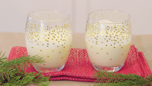 How to Make Old-Fashioned Homemade Eggnog