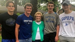 Teens rescue elderly neighbor