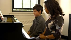 Bronx conservatory offers low-cost music lessons to students