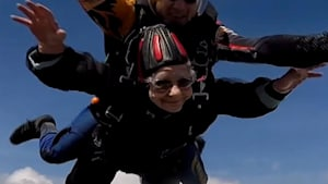 90-year-old great grandmother goes skydiving for special cause